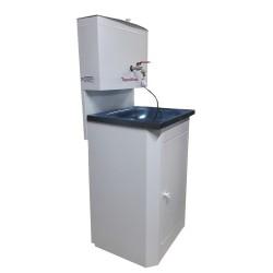 Умывальник дачный белый (метал.тумба, метал. бак 15л, нерж.мойка) с водонагревателем